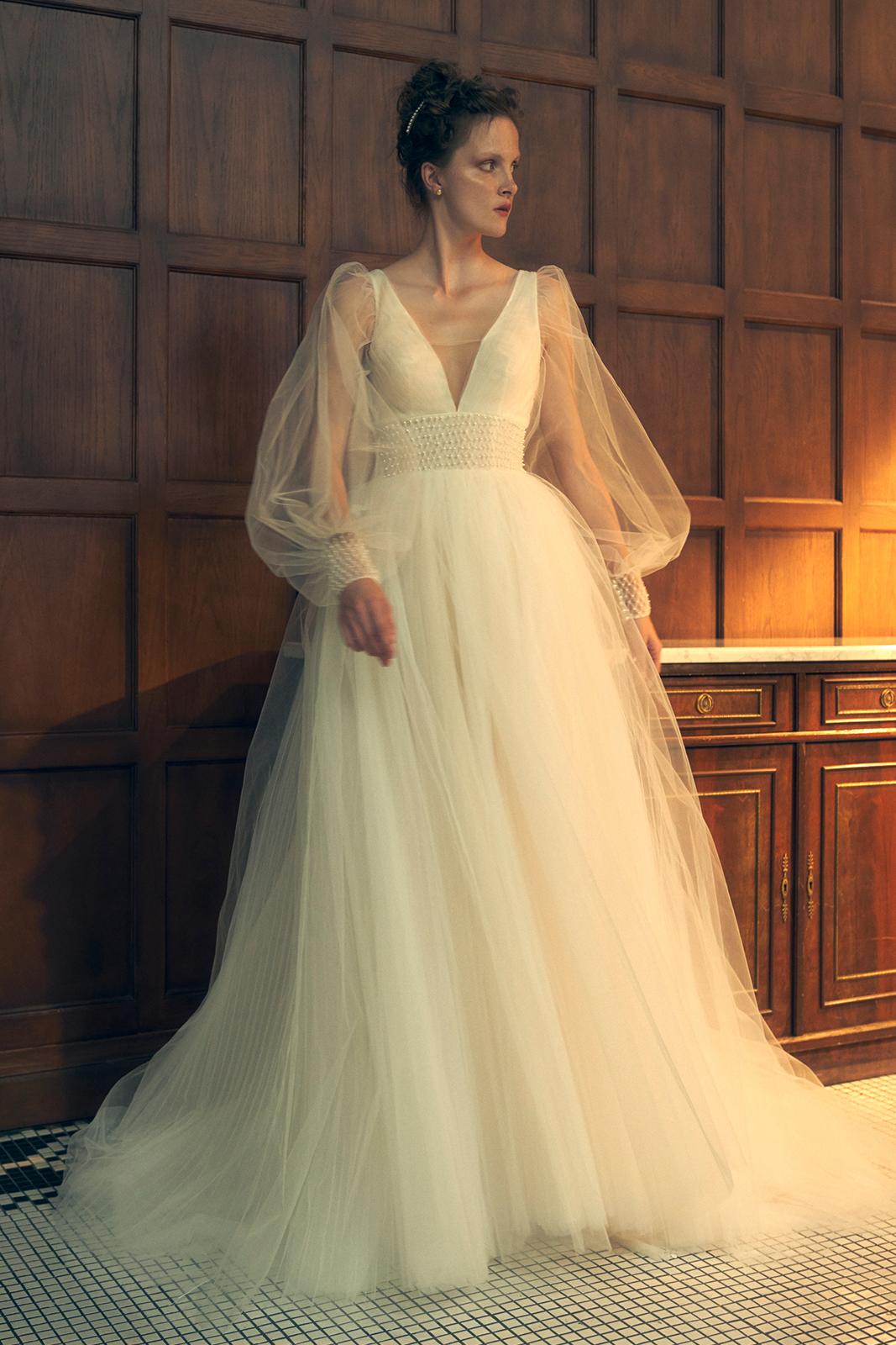 beccar-wedding-dress