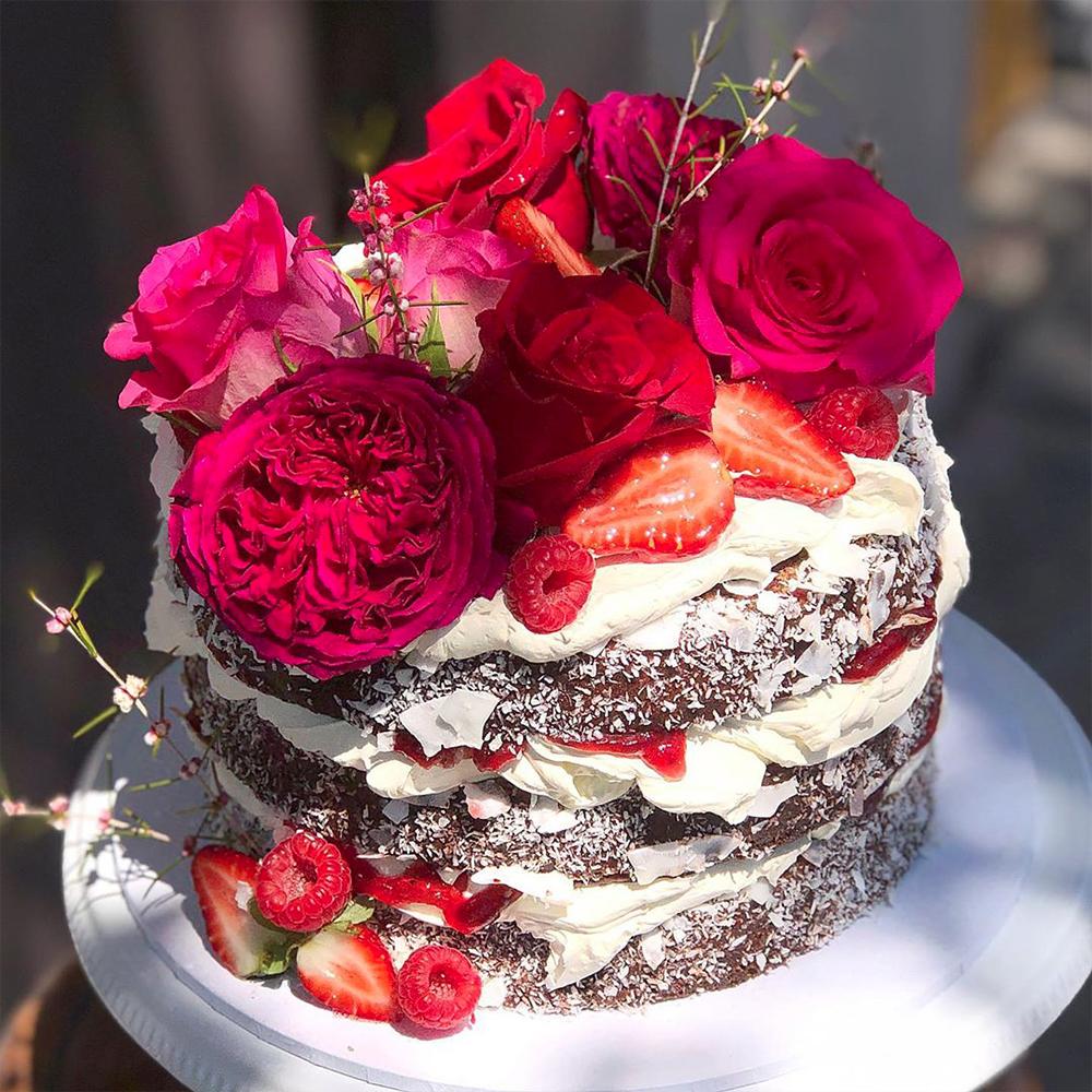 naked-wedding-cake