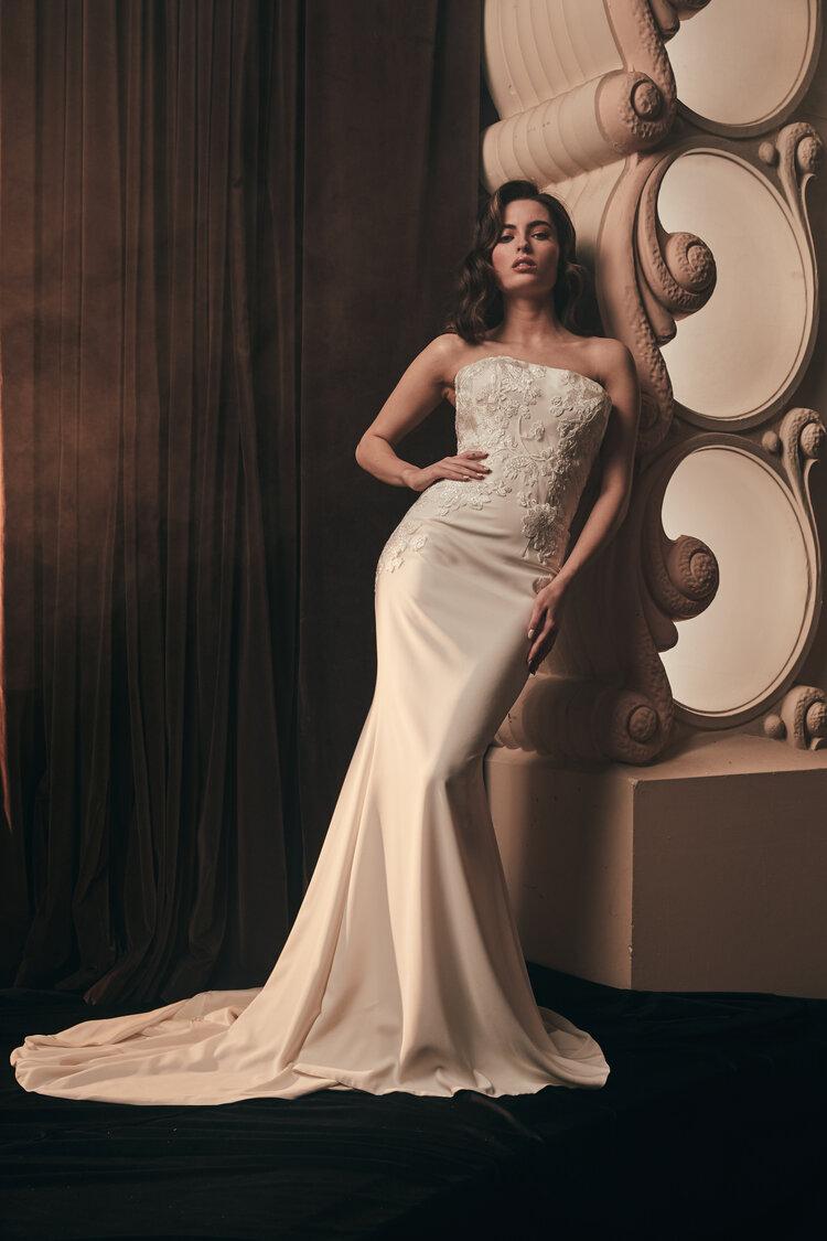 moira-hughes-wedding-dress
