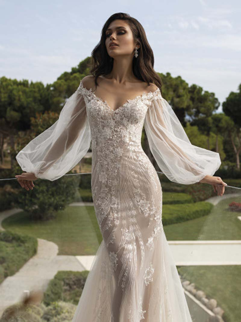 pronovias-backless-wedding-dress