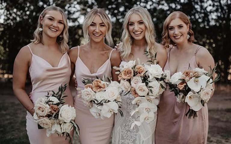 rosa-bridesmaids